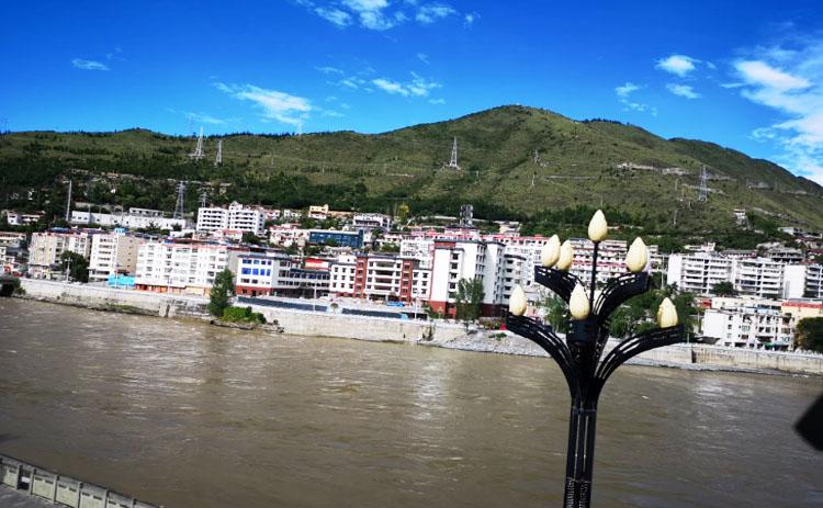 四川商用水地暖安装案例---阿坝金川中藏医院水地暖安装